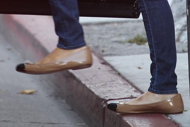 Paris Hilton pieds