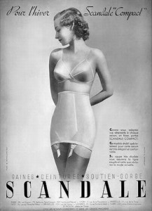 SCANDALE-GAINE-LINGERIE-DE-1937- - copie